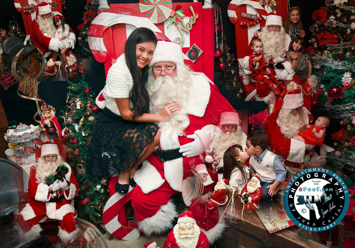 VIP Santa Photos by Juan Carlos | Family Portraits for the holidays by Juan Carlos of Entertainment Photos at VIPSantaPhotos
